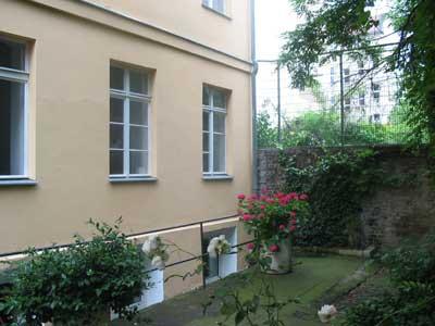 Parkansicht Büros Gartenhaus
